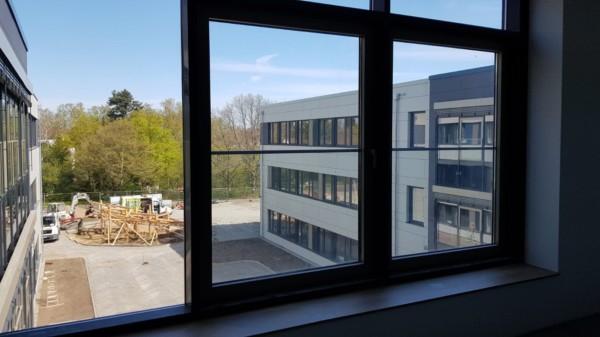 Blick aus dem Neubau